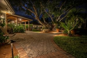 What to Consider when Choosing a Landscape Lighting