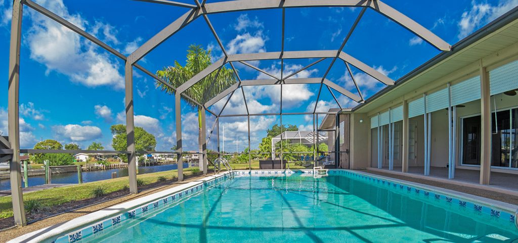 Best 8 Pool Screen Enclosure Company in Fort Myers