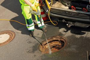 What NOT To Do When You're Having Problems with Your Sewer and Drains in Grand Haven, Michigan