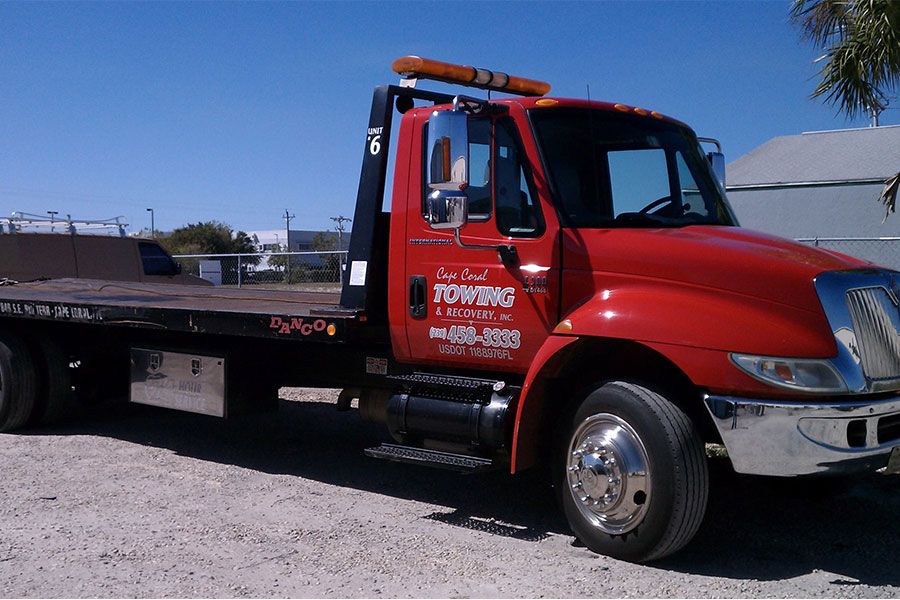Towing Lehigh Acres | Emergency Towing Services
