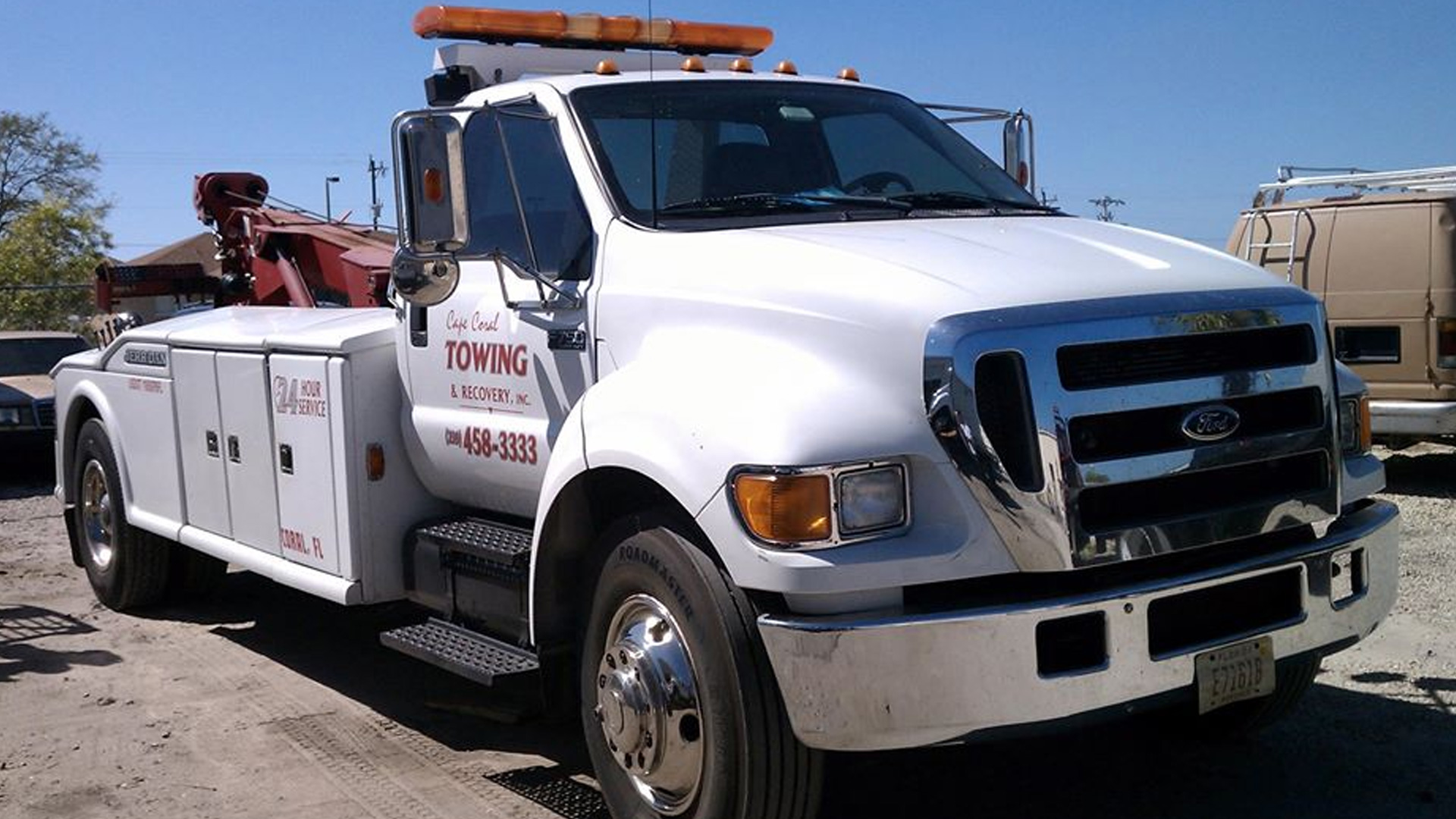 Towing Fort Myers | Emergency Towing Services
