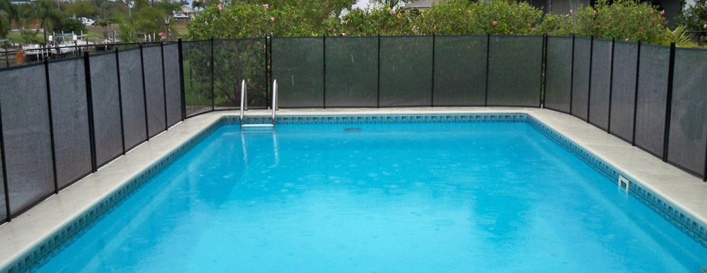Pool Fence and Safety It Can Bring